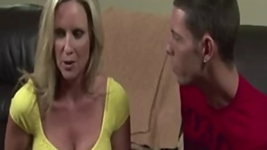 horny mom fuck NOT her son