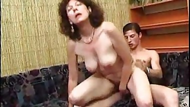 Mom tries to avoid young Cum on her Face...F70