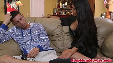 Stepmother tutoring on blowjobs her stepdaughter