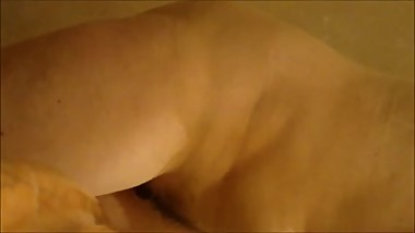 Dina from DATES25.COM - Unaware petite milf hairy pussy problem