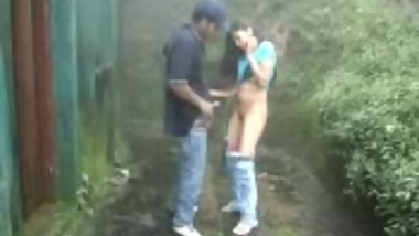 Desi Girl got Fucked by Her BF in Backyard