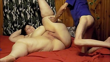 Mom Loves Big Cocks & Creampies