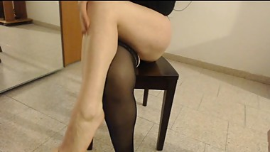 slutty amateur in stockings