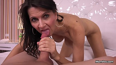 Slutty MILF doing first porn with MomPov