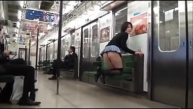 Unbelievable! men ignore this sexy girl in micro skirt&thong on the subway!