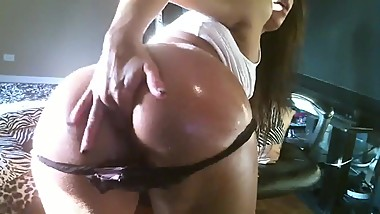 Webcam girl fucks her ass with a dildo - more at mydatingwomen.com