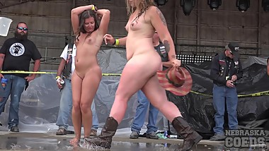 Huge Amateur Wet T Contest at Abate of iowa 2016