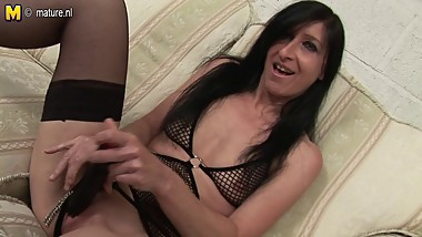 Skinny mature slut MOM with small tits loves to get wet